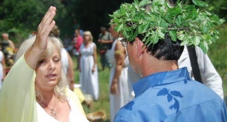BBC: «Οι Ελληνες που λατρεύουν τους αρχαίους θεούς» | tovima.gr