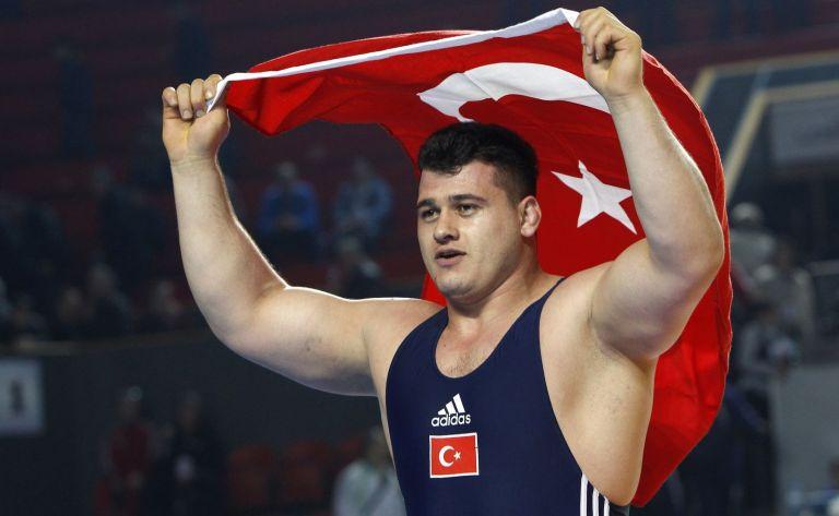 Σάλος από σχόλιο τούρκου αθλητή για Ελληνες και Αρμένιους | tovima.gr