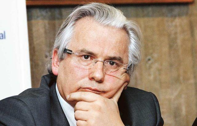 Δεν αναλαμβάνει την υπεράσπιση του Σνόουντεν ο αδιάφθορος Γκαρθόν   tovima.gr