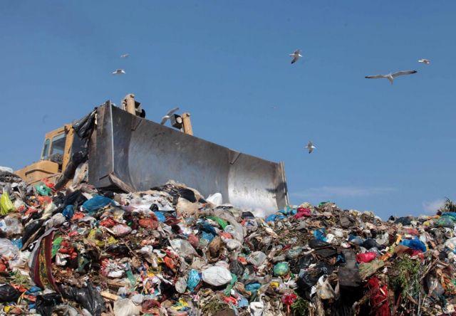 ΥΠΕΚΑ: Στόχος να κλείσουν οι χωματερές έως το τέλος του 2014   tovima.gr
