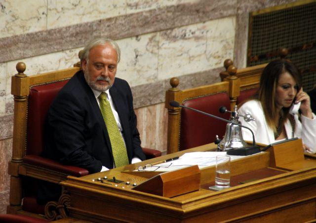 Eμπρηστική επίθεση στο αυτοκίνητο της συζύγου του πρώην αντιπροέδρου της Βουλής | tovima.gr
