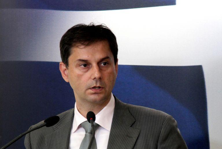 Διευκρινίσεις Θεοχάρη για δηλώσεις εισοδήματος νομικών προσώπων | tovima.gr