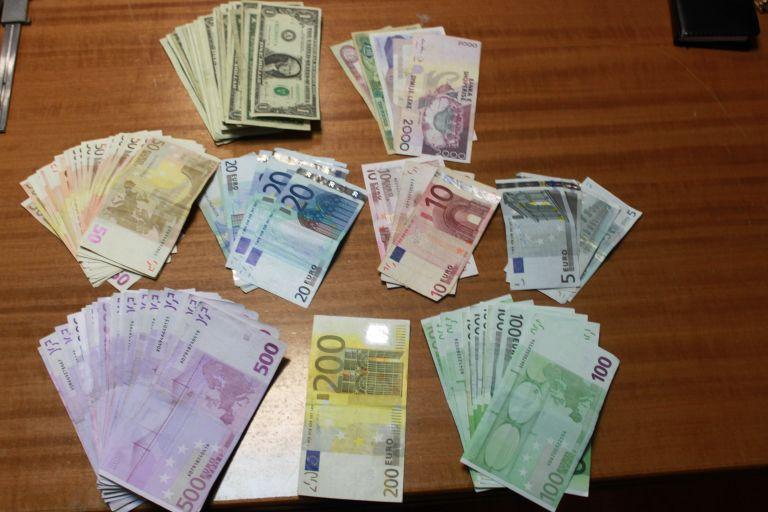 Ενεργοποιείται ο «Μεγάλος Αδερφός» για καταθέσεις και δάνεια | tovima.gr