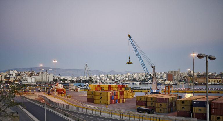 Νέα μείωση στη δύναμη του ελληνικού εμπορικού στόλου | tovima.gr