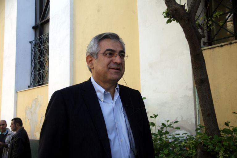Μ. Καρχιμάκης: Προσχωρεί στο κόμμα του Γ. Παπανδρέου | tovima.gr