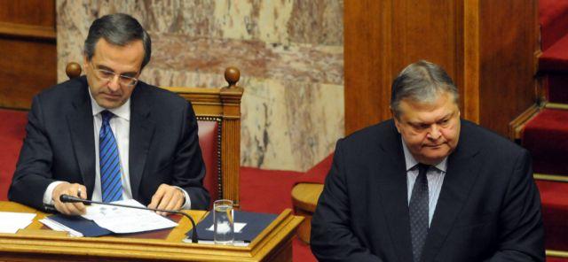 Κόντρες υπουργών, απειλές βουλευτών | tovima.gr
