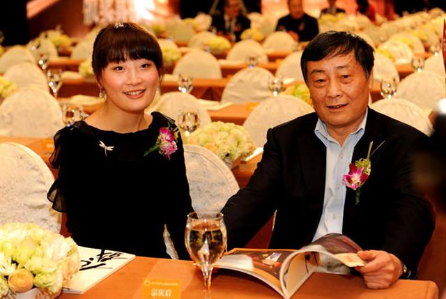 Κέλι Ζονγκ: «Η Κίνα έχασε την ψυχή της κυνηγώντας το χρήμα» | tovima.gr