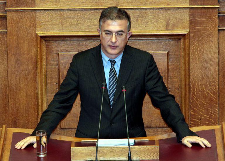 Στο νοσοκομείο ο υφυπουργός Οικονομικών Γ. Μαυραγάνης | tovima.gr