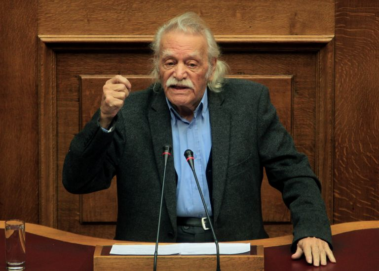 «Η έξοδος» του Μανώλη Γλέζου από το αδιέξοδο της κρίσης | tovima.gr