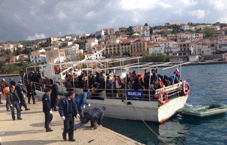 Σκάφος με 200 μετανάστες εντοπίστηκε δυτικά της Πύλου | tovima.gr