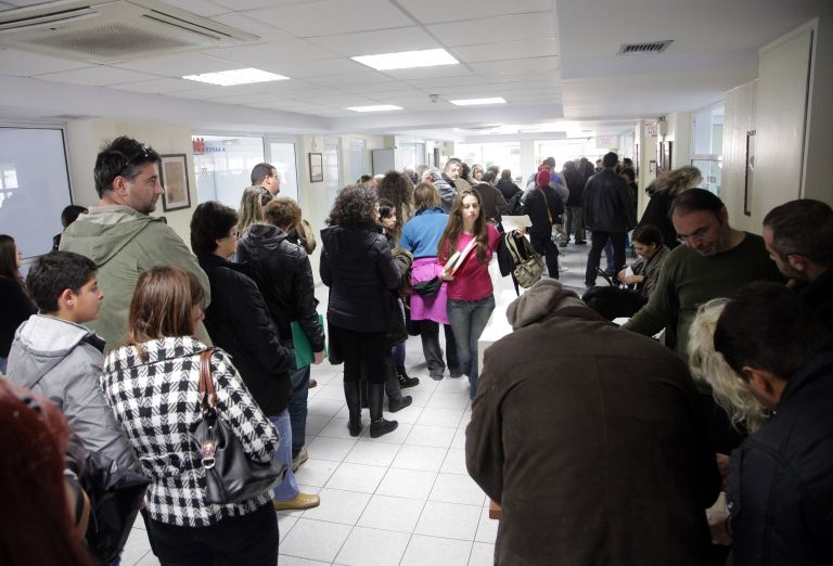 Σαρωτικό «φακέλωμα» εφορίας σε πολίτες και επιχειρήσεις | tovima.gr