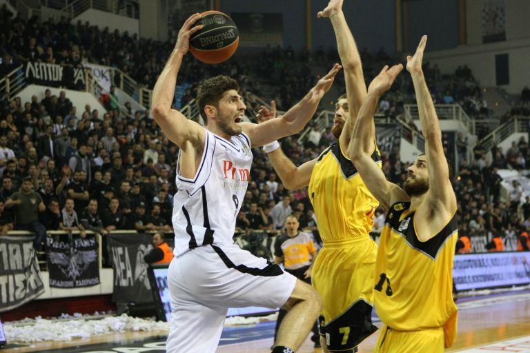 Το ΑΣΕΑΔ δικαιώνει τον Άρη για τη διακοπή αγώνα μπάσκετ  με τον ΠΑΟΚ | tovima.gr