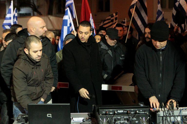 Δήλωση ίδρυσης της «Εθνικής Αυγής» κατέθεσε η Χρυσή Αυγή | tovima.gr