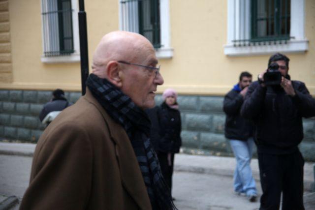 Νέες κατηγορίες κατά Ζήγρα για ξέπλυμα μαύρου χρήματος   tovima.gr