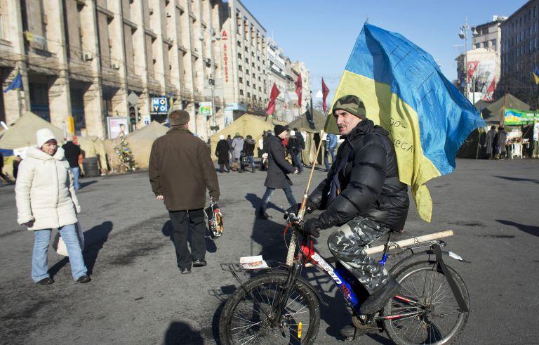 Γερμανός ΥΠΕΞ: Απειλεί με κυρώσεις την Ουκρανία, εάν δεν βρεθεί λύση | tovima.gr