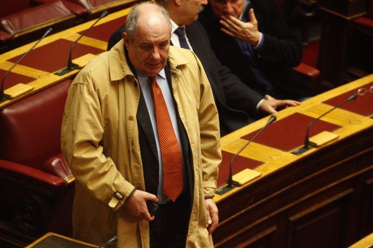 Εκπρόσωπος Τύπου των Ανεξάρτητων Ελλήνων ο Τέρενς Κουίκ   tovima.gr