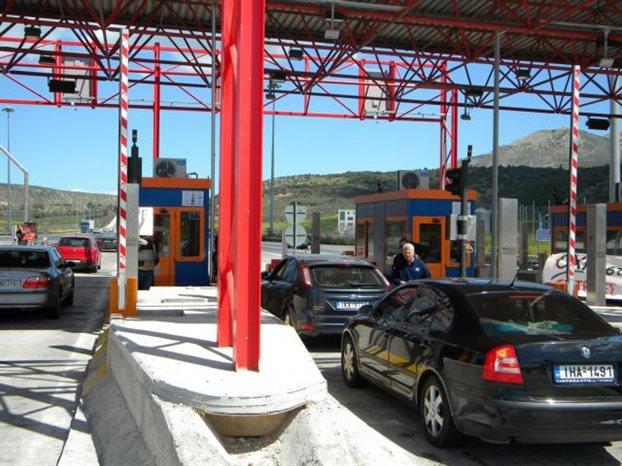 Κατά των αυξήσεων στα διόδια εμφανίστηκε ο Κώστας Μπακογιάννης | tovima.gr