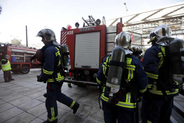 Fire Brigade investigating barrage of arson attacks   tovima.gr