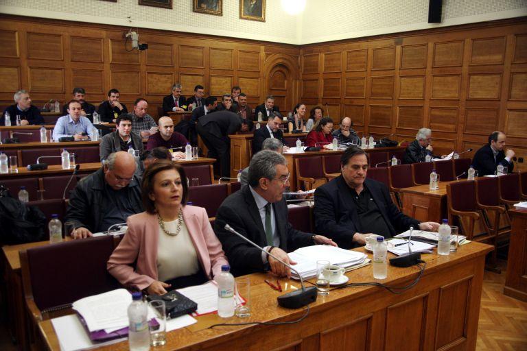 Ρατσιστικές «κορώνες» Αρβανίτη στη Βουλή   tovima.gr