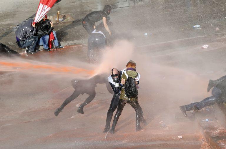 Τουρκία: Χρήση δακρυγόνων σε πορεία προς την Εθνοσυνέλευση | tovima.gr