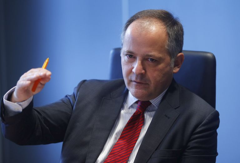 Coeure stresses dangers in markets, domestic banks for Greece | tovima.gr