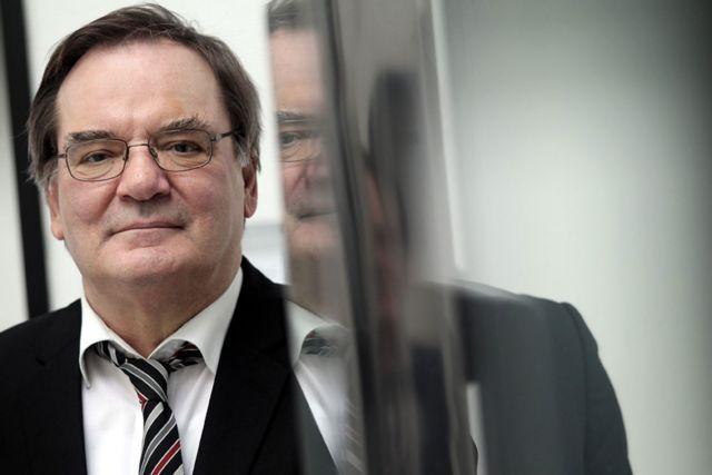 Ρούντολφ Χίκελ: Η τρόικα θα μείνει για τη βρώμικη δουλειά | tovima.gr