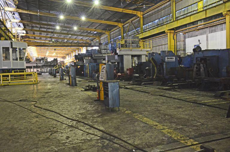 Βουτιά στον δείκτη εργασιών στη Βιομηχανία | tovima.gr