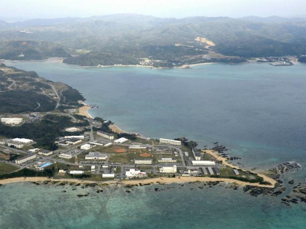 Διχάζει την Ιαπωνία η μετεγκατάσταση αμερικανικής βάσης στην Οκινάουα | tovima.gr