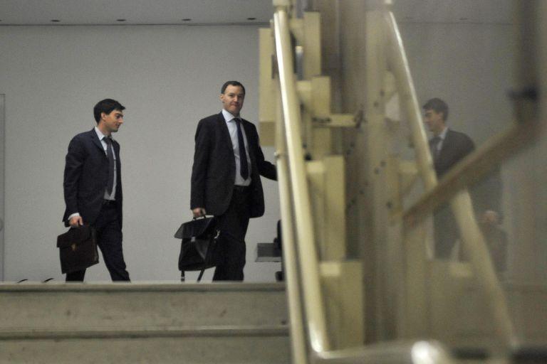 Πιέζει η τρόικα για σταθερή λιτότητα – Η κίνηση δεν αιφνιδίασε την Αθήνα   tovima.gr
