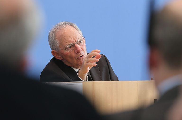 Σόιμπλε: Η Ελλάδα δεν αποτελεί πλέον κίνδυνο για το ευρώ | tovima.gr