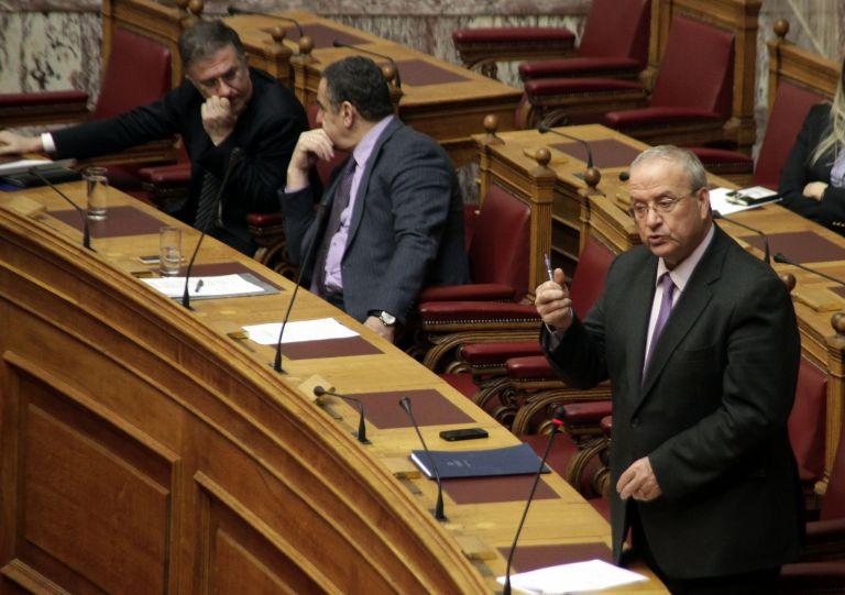 Αποσύρθηκε η διάταξη για απέλαση των μεταναστών | tovima.gr
