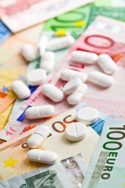 Νέα «επίθεση» στα γενόσημα φάρμακα | tovima.gr