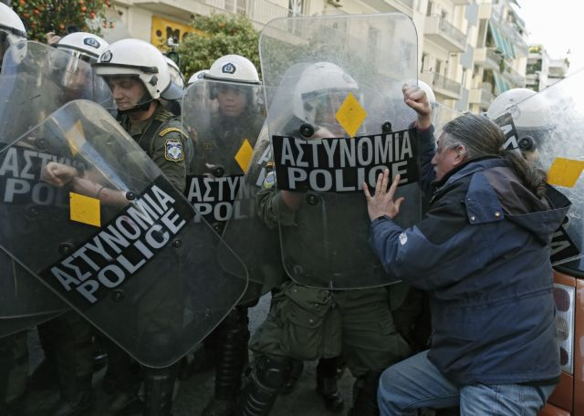 SYRIZA discusses its police reform plans with unionists | tovima.gr