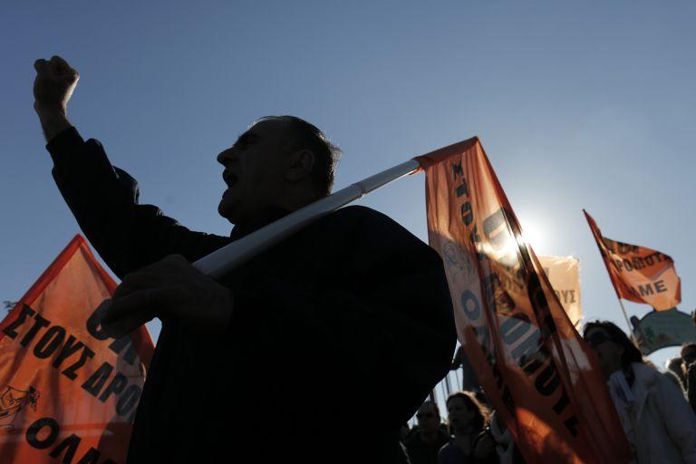 Καθυστερήσεις καταγγέλλει η ΟΛΜΕ στις μεταθέσεις εκπαιδευτικών | tovima.gr