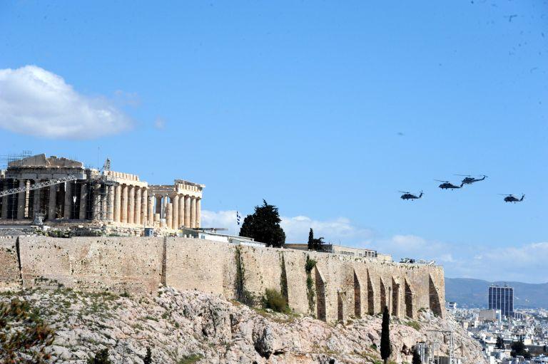Πέντε μαχητικά θα πετάξουν πάνω από την Αθήνα | tovima.gr