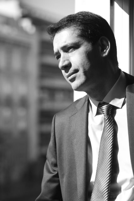 Ραχμάν Μουσταφάγεφ: Η Ελλάδα είναι πολύ δημοφιλής στη χώρα μου | tovima.gr