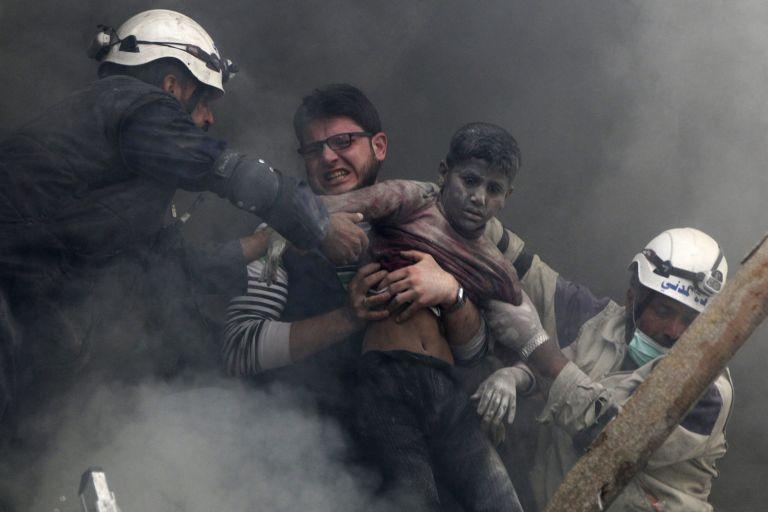 Παρατηρητήριο: Δεκάδες οι νεκροί άμαχοι στις ρωσικές επιδρομές στη Συρία   tovima.gr