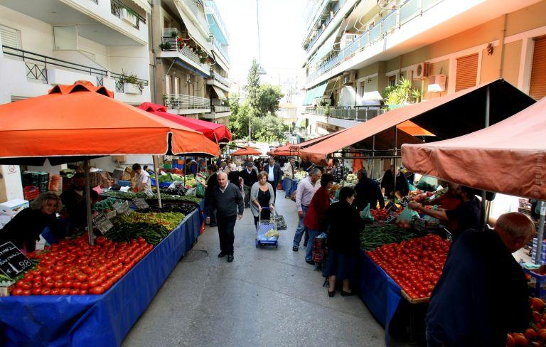 Αναστέλλεται η απεργία των παραγωγών λαϊκών αγορών   tovima.gr