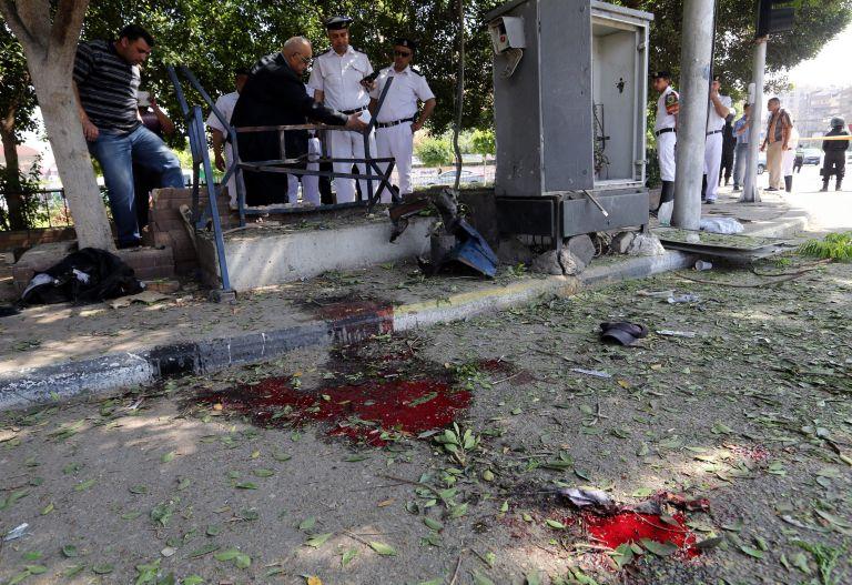 Αίγυπτος: Δύο ένστολοι σκοτώθηκαν από εκρήξεις στο Σινά και στο Κάιρο   tovima.gr