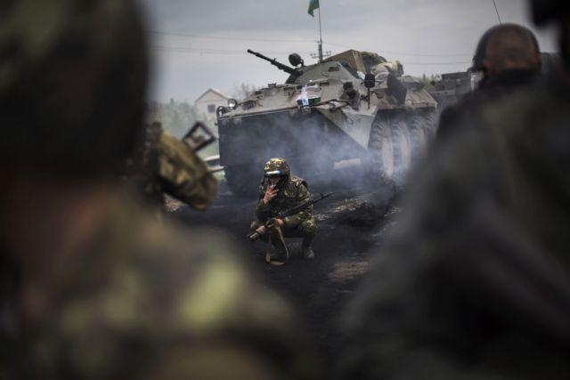 Εμφύλιος πόλεμος στην ανατολική Ουκρανία, σφοδρές μάχες στο Κράματορσκ   tovima.gr