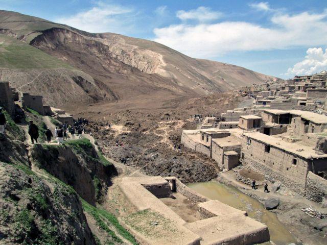 Δεκάδες νεκροί από κατολίσθηση στο Αφγανιστάν   tovima.gr