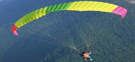 Crete: Amateur paraglider found dead in remote ravine | tovima.gr