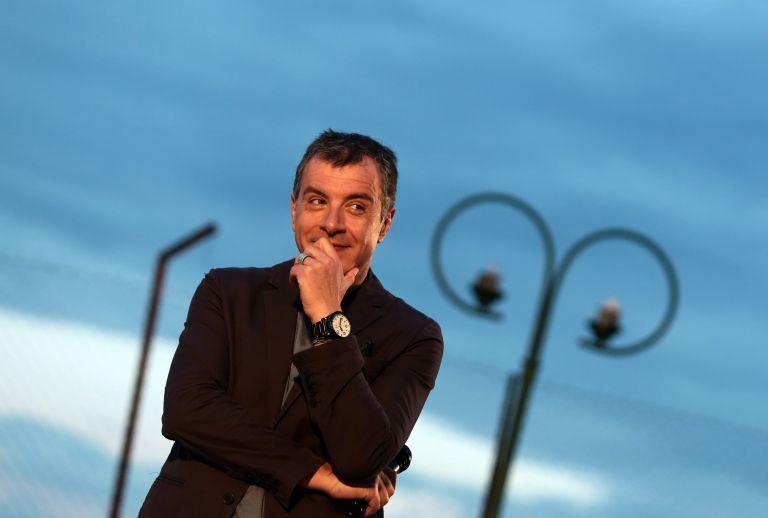 Στ.Θεοδωράκης: «Θα τα αλλάξουμε όλα χωρίς να γκρεμίσουμε τη χώρα»   tovima.gr