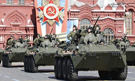 Αντιφασιστικό σόου του Πούτιν στην επέτειο της νίκης επί του Χίτλερ   tovima.gr