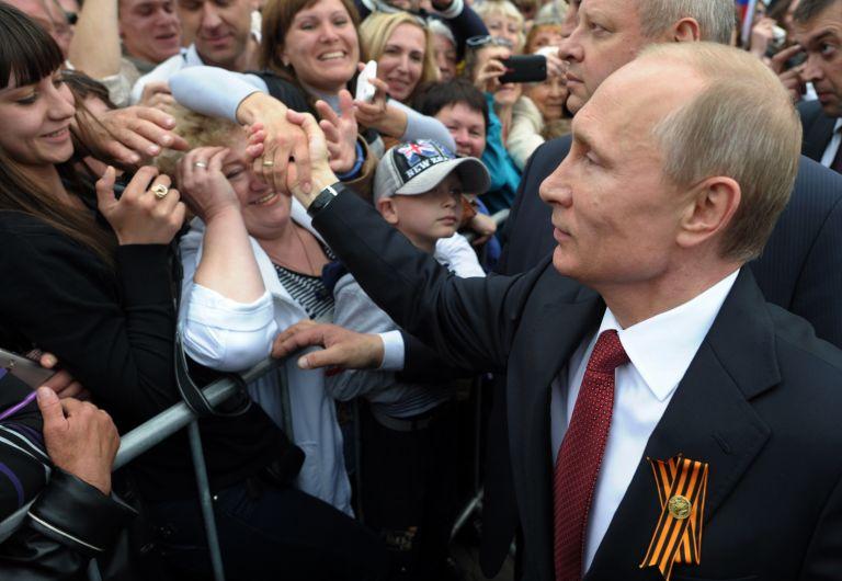 O Πούτιν προωθεί αυστηρότερο έλεγχο του διαδικτύου στη Ρωσία   tovima.gr