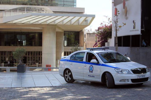 Υποπτος για αρχαιοκαπηλία αρχιφύλακας της Δίωξης Αρχαιοκαπηλίας | tovima.gr