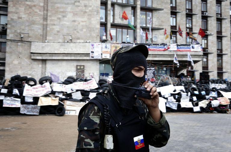 H Ρωσία καλεί σε διάλογο υπό τον ΟΑΣΕ Ουκρανία και φιλορώσους αυτονομιστές | tovima.gr