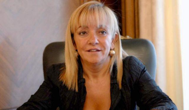 Ισπανία: Νεκρή από σφαίρες η επικεφαλής του Λαϊκού Κόμματος   tovima.gr