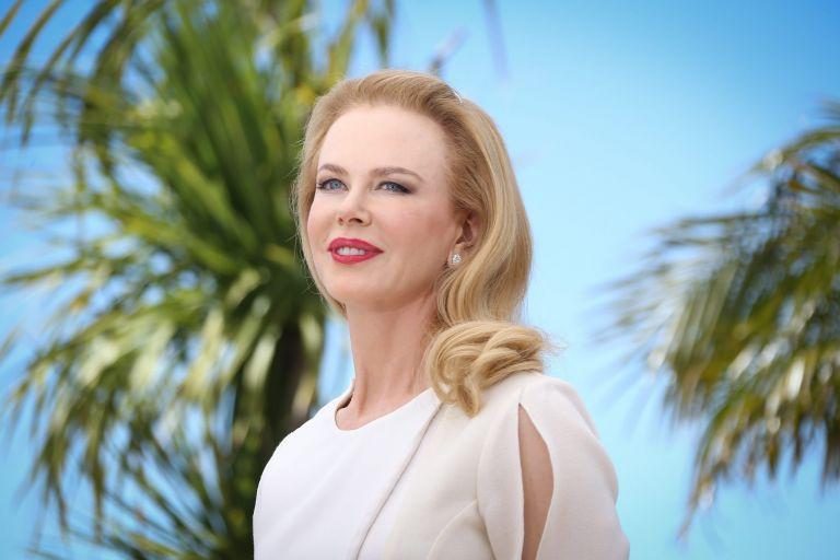 Φεστιβάλ Καννών: Η Νικόλ Κίντμαν λάμπει στον ρόλο της Γκρέις Κέλι   tovima.gr