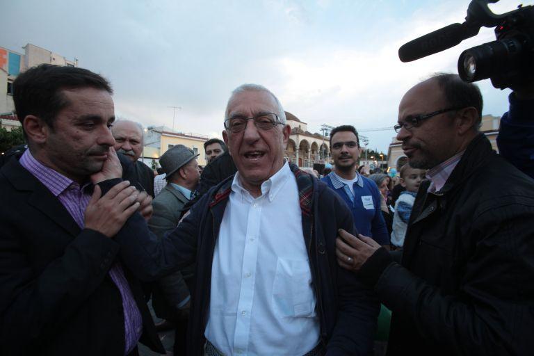 Κακλαμάνης: Παράνομη προεκλογική δραστηριότητα από Σπηλιωτόπουλο   tovima.gr